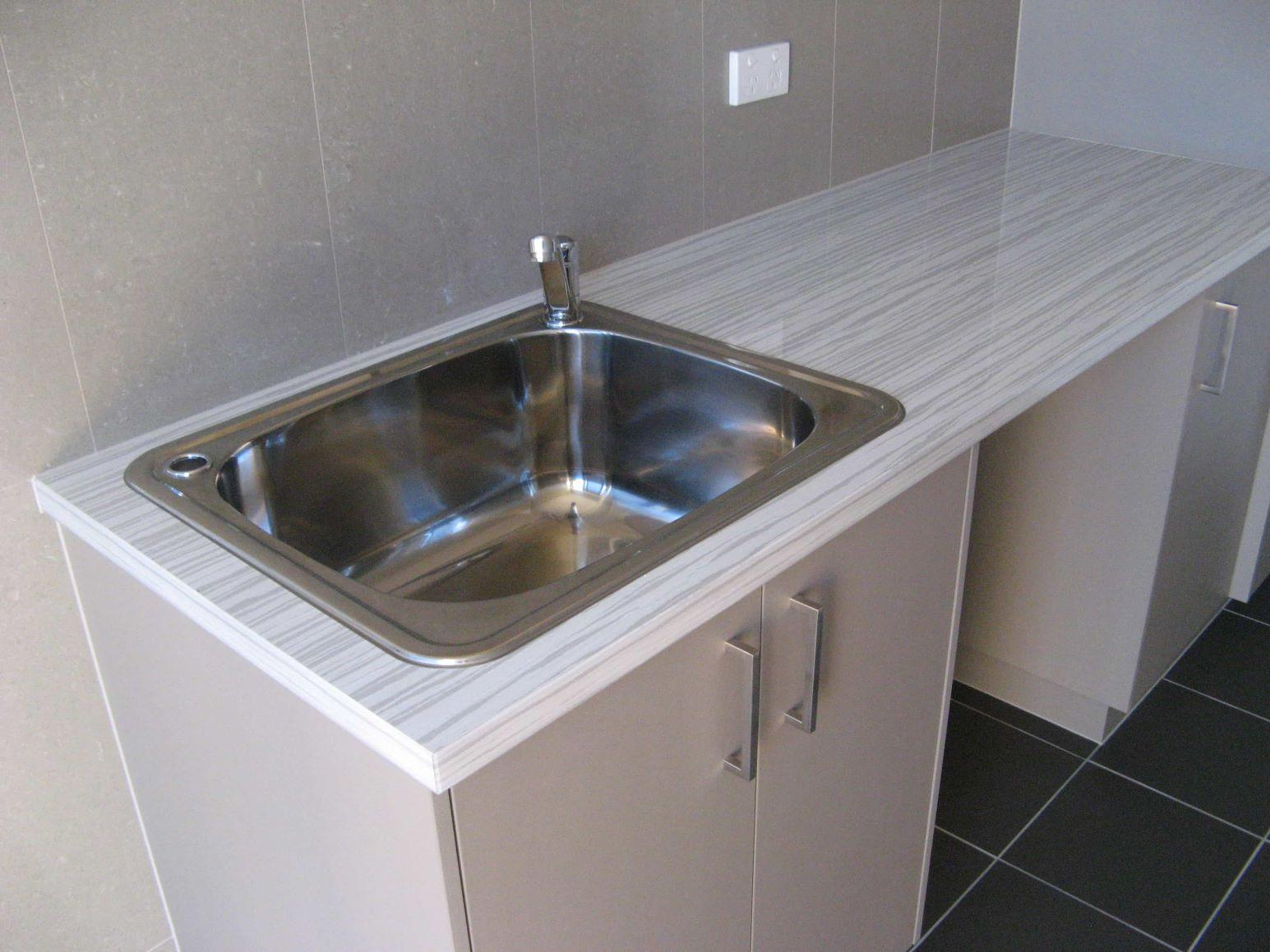 Built in Laundries - Chinchilla Kitchens 07
